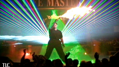 Tony Robbins with lasers and effects by TLC